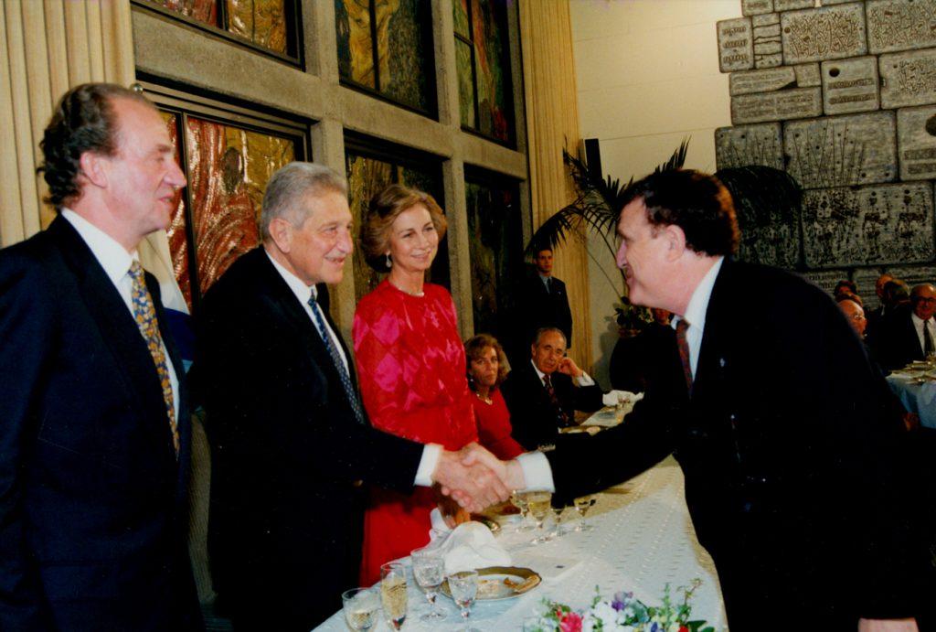 יהורם גאון עם מלך ספרד ונשיא המדינה